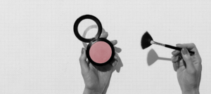 Is Essence Pampering Customers According to CRM Best Practices?